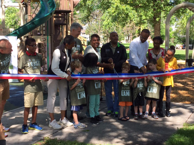 mestizo_curtis_park_ribbon_cutting